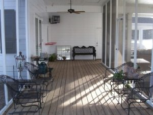 Screened porch of boathouse